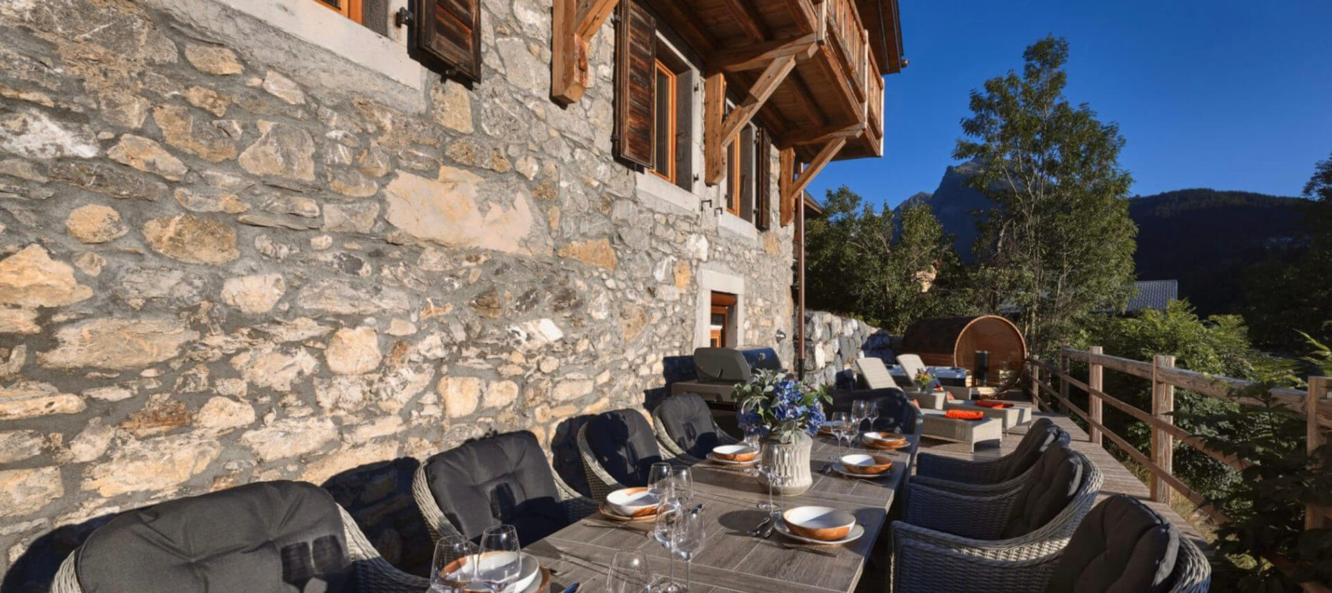 Hunter Chalets and Apartments  - mountainside decadence
